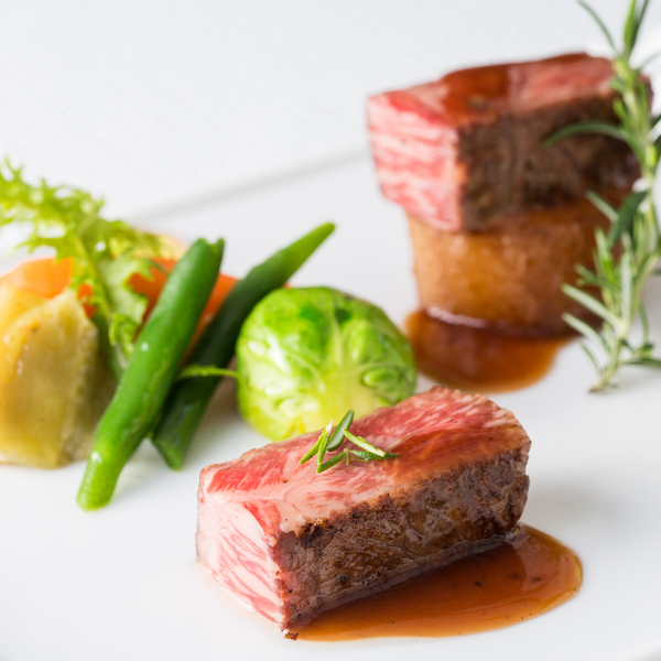 都城グリーンホテル:残2組<参加0円>厳選の黒毛和牛で創る贅沢食材の5品プレート試食: